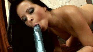 Lusty brunette Panthera Nicoll masturbates with vibrator