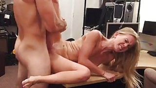 Blonde bimbo pawns her pussy and pounded