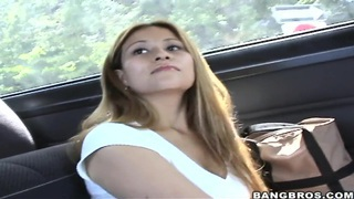 Amateur girl Orianna will be fucked on the bus