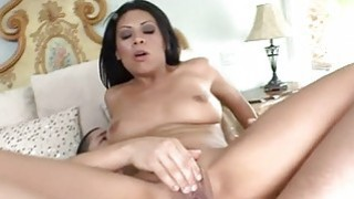 Darling is very wet from engulfing studs wang